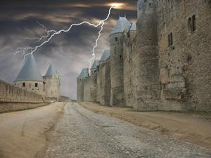 castle_dark.jpg